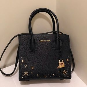 Michael Kors Mercer Studio MD Messenger